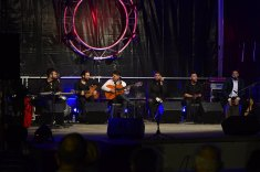 concert chanteur guitariste groupe flamenco
